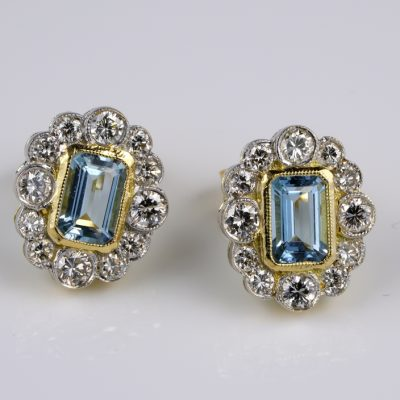 Spectacular Vintage 1.0 Ct Natural Aquamarine 1.10 Ct Diamond Earrings