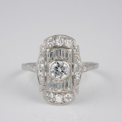 Delightful Art Deco  1.0 Full Ct Diamond Rare Engagement Platinum Ring