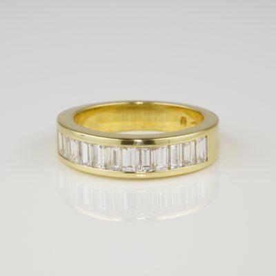 SENSATIONAL 1.45 CT BAGUETTE DIAMOND F IF THE VERY BEST HALF ETERNITY RING!