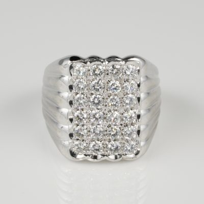 Stunning Retro 1.65 CT G VVS Diamond Jumbo Sized Unisex Ring