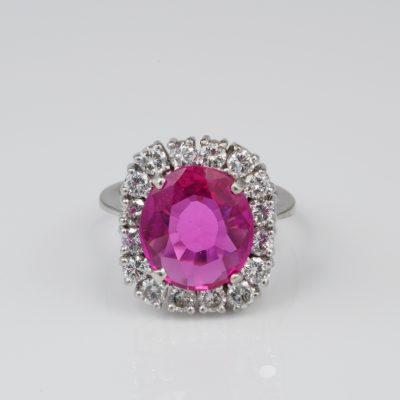 Magnificent 1950 ca 6.50 Ct Ruby 1.60 Ct G VVS Diamond Solid Platinum ring