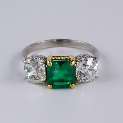 Antique Certified 1.62 Ct Colombian Emerald 2.80 Ct Old Mine Diamond Trilogy ring