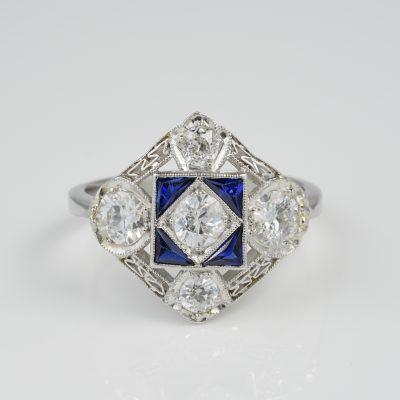 Magnificent Art Deco 1.50 Ct Diamond F VVS VS Sapphire Platinum Engagement ring