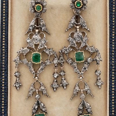 Georgian Emerald Diamond Spectacular earrings 1800 ca