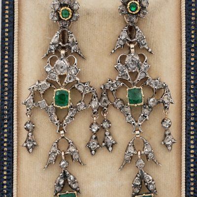 Georgian Emerald Diamond Spectacular earrings 1800 ca