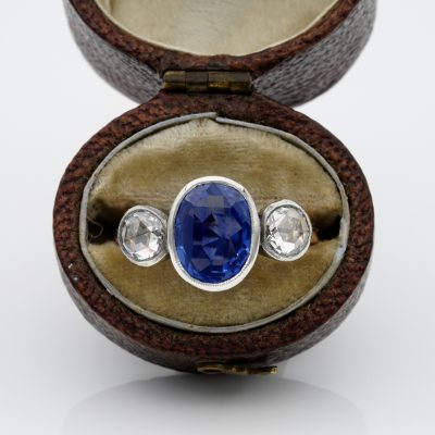 Victorian Certified 3.59 Ct No Heat Ceylon Sapphire 1.0 Ct Diamond Trilogy Ring