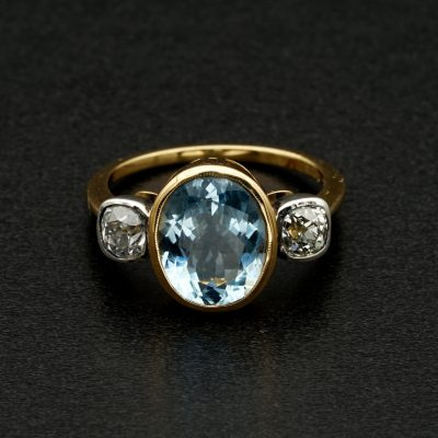 Beautiful Vintage 3.0 Ct Natural Aquamarine .80 CT Old Cut Diamond Trilogy Ring