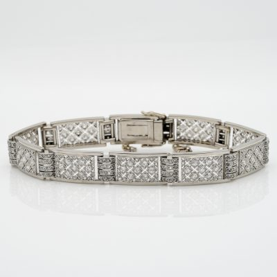 French Art Deco 4.80 Ct Diamond Pave Set Distinctive Bracelet