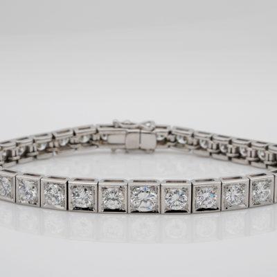Top End 10.75 Ct Brilliant Cut Diamond 38 Grams Platinum Tennis Bracelet