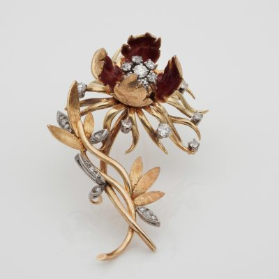 Eye catching 1940 Blossoming Flower Diamond Spray Brooch 18 KT gold