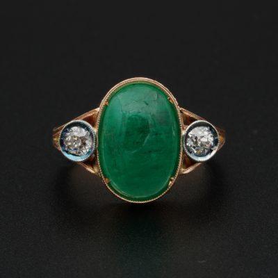 Edwardian 4.50 Ct natural emerald .60 Ct Diamond Three Stone Ring