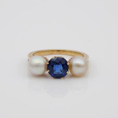 Beautiful Victorian Natural NO Heat Sapphire Natural Basra Pearl Trilogy Ring