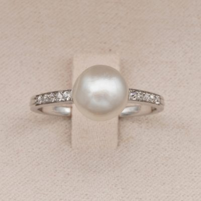 French Art Deco Certified 8.4 mm. Natural Pearl Diamond Platinum Ring
