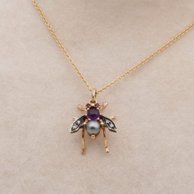 Charming  Vintage KT solid gold Pearl Amethyst Diamond Insect Necklace