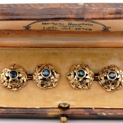 Antique Art Nouveau 1.0 Ct Natural Sapphire 18 KT Gold Cuff links