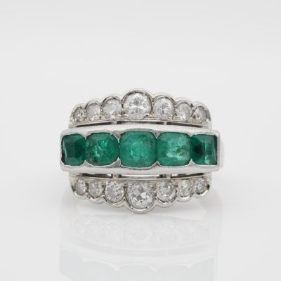 Art Deco 1.40 Ct Colombian Emerald 1.20 Ct Old Cut Diamond ring