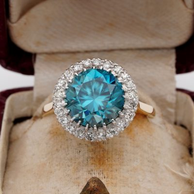 Late Deco 5.50 Ct Natural Blue Zircon Diamond Platinum 18Kt Ring
