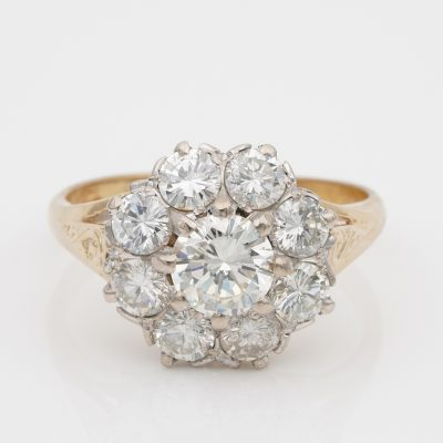 1940 Sensational 2.50 Ct Diamond G VVS/VS Daisy Cluster ring 18 Kt