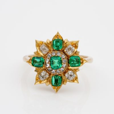 Antique 1900 ca .75 Ct Colombian Emerald .80 Ct Diamond Flower Ring