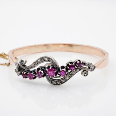 Victorian French 2.60 Ct Ruby .40 Ct Rose Cut Diamond 18 KT Rare Bangle