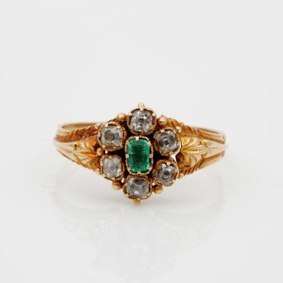 Georgian Diamond Emerald Daisy Ring 18 KT
