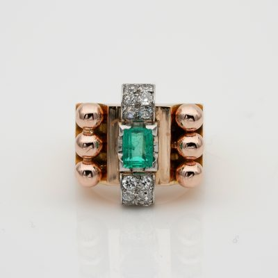 Big French Colombian Emerald Diamond Retro Cocktail 18 KT Rose Gold ring
