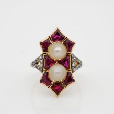 French Edwardian Rare 1.80 Ct Natural Siam Ruby Duo Natural Pearl Rare Ring