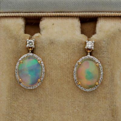 Vintage Dangly 4.20 Ct Jelly Opal .45 Ct Diamond 18 KT Gold Drop earrings