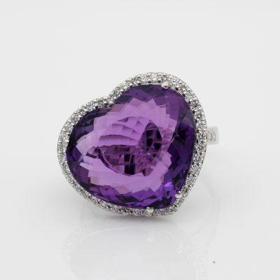18.20 Ct Superb Hearth Amethyst .50 CT Diamond F/VVS One Off Italian Ring