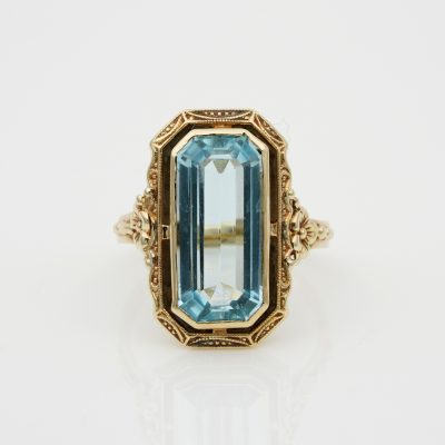 Edwardian 4.50 Ct Natural Untreated Emerald Cut Aquamarine Solitaire ring
