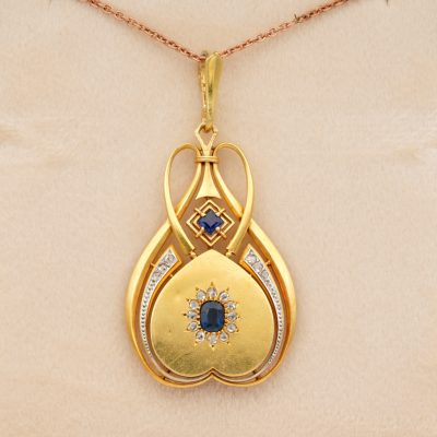Distinctive Art Nouveau  Sapphire Diamond 18 KT Locket