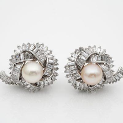 Spectacular Vintage 7.00 Ct Diamond 9.5 mm Pearl Platinum earrings