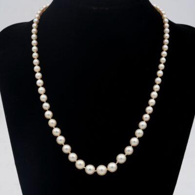 Art Deco Single Strand Pearl .80 Ct Natural Sapphire .60Ct Diamond Necklace
