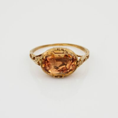 Georgian 4.0 Ct Imperial Topaz Solitaire ring 18 Kt