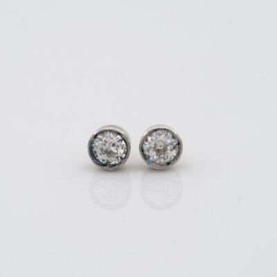 Victorian .80 Ct Diamond Solitaire Stud Earrings H/I VVS/VS