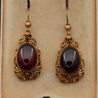 Regency 8.0 Ct Red Garnet Rare Cannetille Rare Drop earrings 16 KT