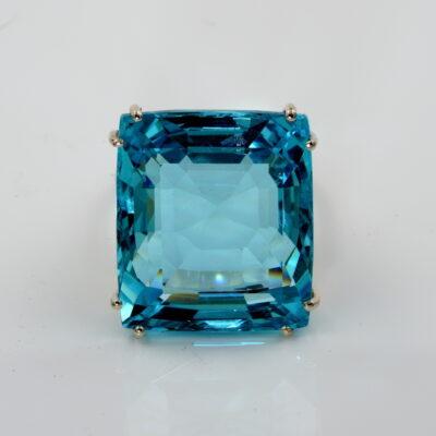Retro 50.00 Ct Untreated Aquamarine Diamond ring