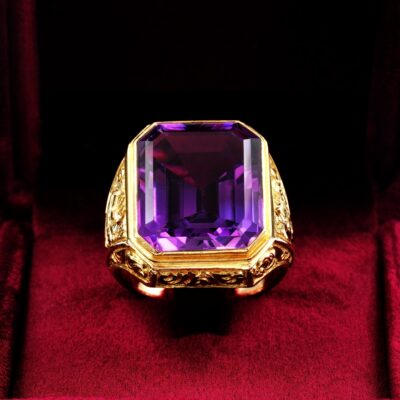 Victorian 21.00 Ct Natural Amethyst Rare Bishop Ring