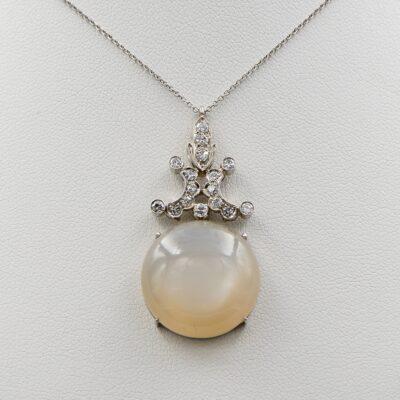 Art Deco large 18.44 CT Natural Moonstone Diamond 18 Kt Pendant plus Chain